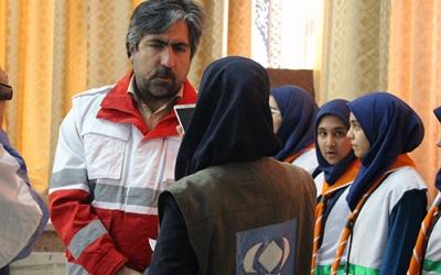 استقرار30 پایگاه ثابت و سیار هلال احمر در جاده های آذربایجان شرقی