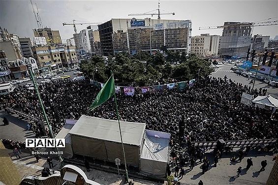 تجمع فاطمیون در میدان کاج