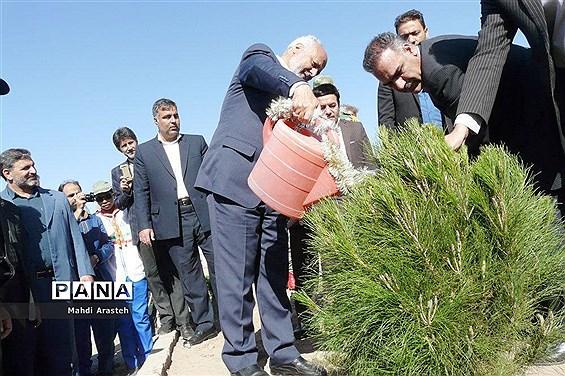 روز درختکاری دربوستان شهدای گمنام روستای حاجی آباد شهرستان بیرجند