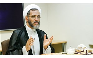 احمد مازنی: رفتارها در قبال حواشی مراسم روز زن با حضور شهردار تهران، سیاسی است