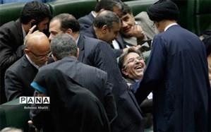 حاشیههای روز خوش آخوندی در مجلس؛ امیدیها پشت اصلاحطلب کابینه ماندند