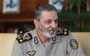 سرلشکر موسوی: نظام جمهوری اسلامی ایران پنجه در پنجه دشمنان انداخته است
