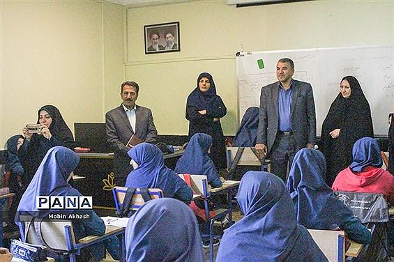 برگزاری مسابقه کتابخوانی مدرسه ای در آذربایجان شرقی