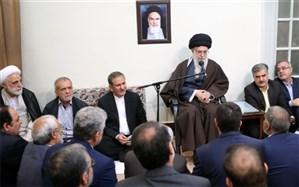 رهبرمعظم انقلاب: تعرض به امنیت و حریم مردم در پیامرسانهای داخلی «حرام شرعی» است