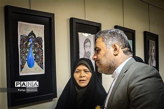 افتتاح  نمایشگاه آثار برگزیدگان مرحله استانی مسابقات فرهنگی وهنری