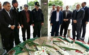 استاندار تهران به مقام شامخ شهدای ری ادای احترام کرد