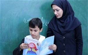 رئیس کمیسیون چشم انداز و نخبگان مجمع تشخیص مصلحت نظام: نخبگان معلمی به عنوان بدنه اصلی قطار توسعه در کشور هستند