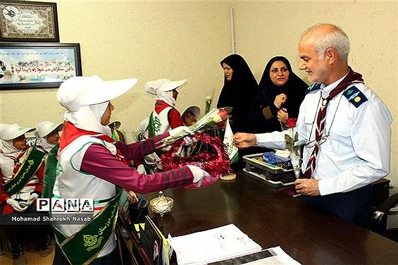 دیدار دانش آموزان پیشتاز شهرستان کارون با مسئولین سازمان دانش آموزی استان خوزستان
