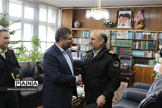 دیدار سردار رحیمی با معلمان نمونه شهر تهران