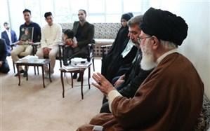دیدار خانوادههای دو شهید نیروی انتظامی با رهبر معظم انقلاب