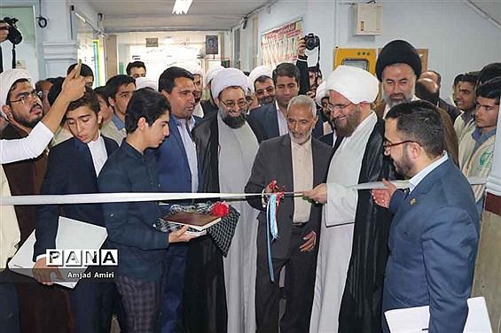 افتتاح یادمان شهدای دبیرستان امام خمینی(ره) شهریار