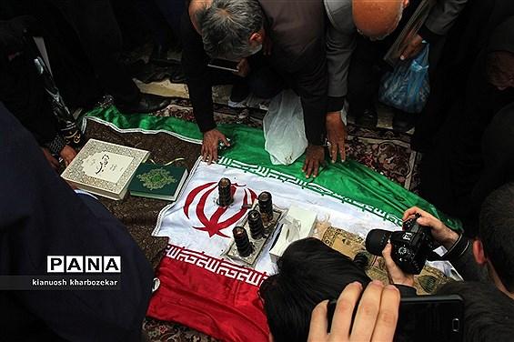 مراسم تشییع پیکر حجت الاسلام و المسلمین شیخ غلامرضا حسنی امام جمعه سابق ارومیه