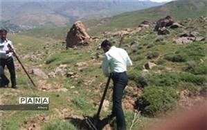 بازپس گیری٤٢ هزار و ٩٠٠ مترمربع از اراضی ملی منطقه مهارلو از دست متصرفان و زمین خواران