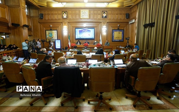 «چمران» رئیس و «سروری» نایب رئیس شورای شهر تهران شد