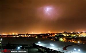 تصاویر دیدنی از رعد و برق و بارانهای بهاری تهران