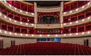 کنسرت –تئاتر «ده سال تنهایی» بار دیگر در تالار وحدت اجرا شد