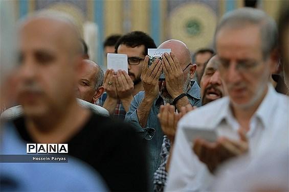 نماز عید فطر در امامزاده صالح(ع)