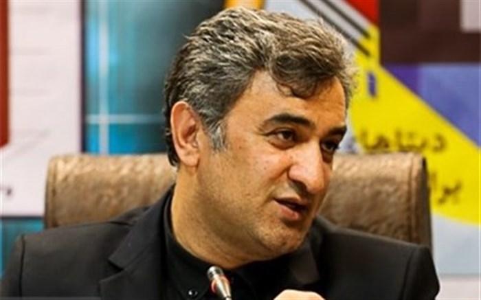 بهمن حسینزاده