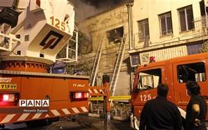 سخنگوی سازمان آتشنشانی: حریق پاساژ خیابان امیرکبیر مهار شد