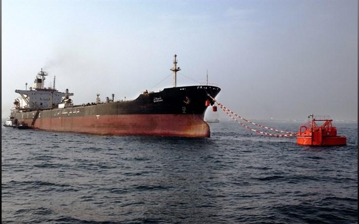 نفتکش ایرانی  13دریانورد پاکستانی را نجات داد