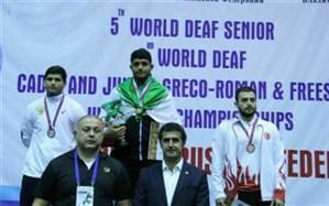 دانشآموز همدانی موفق به کسب مدال طلای مسابقات کشتی ناشنوایان جهان شد