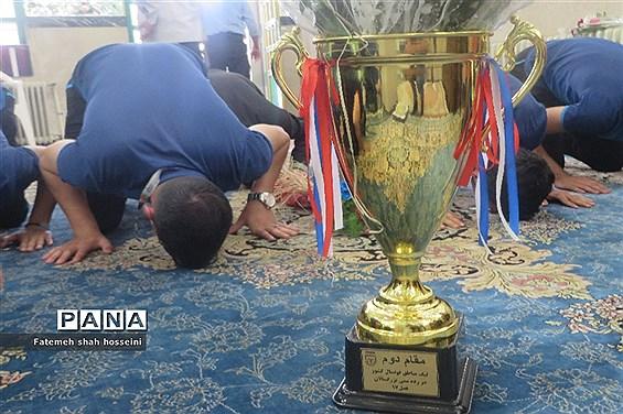 مراسم استقبال از ورزشکاران تیم فوتسال شهرستان فیروزکوه
