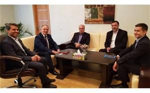 یادداشت تفاهم توسعه همکاریهای رسانهای ایران و آذربایجان امضا شد