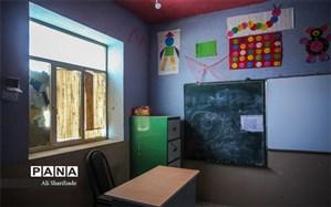 تغییرات کند در مدارس قلعهگنج: مدارس همچنان کم هستند