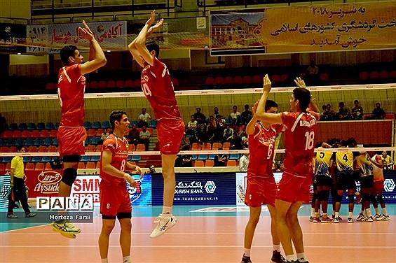 مسابقات قهرمانی والیبال نوجوانان آسیا در تبریز؛ ایران- سریلانکا
