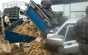 تصادف زنجیرهای خودرو سردار آزمون در جاده نکا-بهشهر