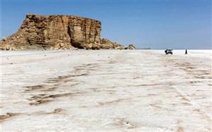 مدیر ستاد احیا در آذربایجان غربی: خطر احیا نشدن دریاچه ارومیه  یکسوم کشور را تهدید می کند