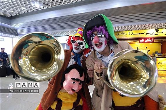 استقبال از مسافران جشنواره تابستانی کیش
