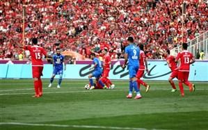 ۲ بازیکن قرمز و آبی به جان هم افتادند!