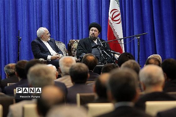 سیدحسن خمینی در تماس تلفنی با ظریف: مردم به شما اعتماد دارند