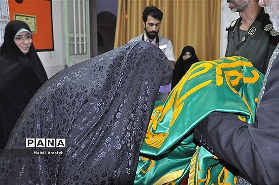حضورکاروان زیر سایه خورشید در آستان مقدس امامزاده سید ابوالقاسم نصر آباد شهرستان خوسف