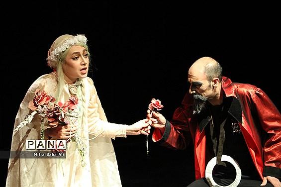 اجرای تئاتر «هملت»