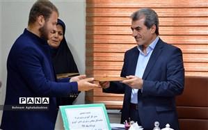 اعتبار نامه نمایندگان مجلس  و مجمع دانش آموزی خوزستان اعطا شد