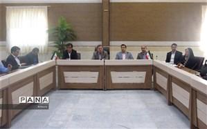 رئیس اداره ارزیابی عملکردآموزش و پرورش البرز: مدارس تنها مجاز به دریافت هزینه بیمه و کتاب هستند