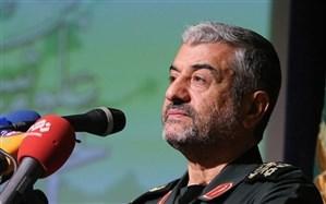 فرمانده سپاه: آنهایی که در ۲هزار کیلومتری  ایران پایگاه دارند، بدانند که موشکهای سپاه دقت بالایی دارد