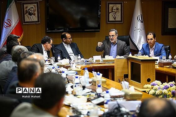 نشست صمیمانه وزیر آموزش و پرورش با نمایندگان فراکسیون اهل سنت مجلس شورای اسلامی