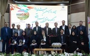 معلم همدانی رتبه دوم کشور در جشنواره الگوهای برتر تدریس ریاضی را کسب کرد