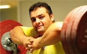 سجاد انوشیروانی: کیانوش رستمی باید خودبرتربینی همیشه طلا گرفتن را کنار بگذارد