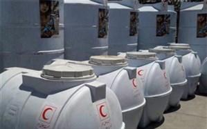 بازدید استاندار از محل اعزام تانکرهای آب رسان و بسته های غذایی به مناطق استان