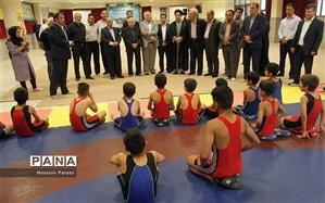 اولین مدرسه کشتی دانش آموزی در بنیاد نیکوکاری ابراهیمی افتتاح شد
