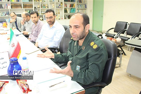 جلسه کمیته فرهنگیان و دانش آموزی کنگره شهدای استان بوشهر