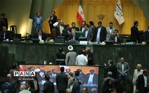 تاکید وزیر بهداشت بر پرداخت مطالبات داروسازان در کمیسیون بهداشت