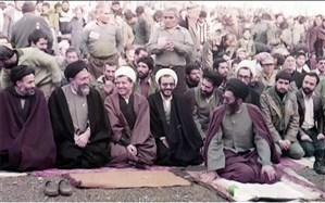 عکسی تاریخی از نمازجمعه تهران