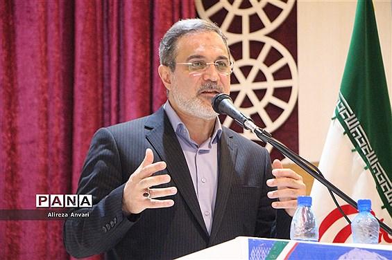 حضور وزیر آموزشوپرورش در گردهمایی فرهنگیان در نوشهر