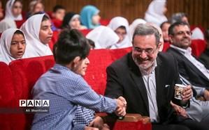 وزیر آموزشوپرورش: مراقب سلامت جسمانی دانشآموزان به ویژه دختران باشیم