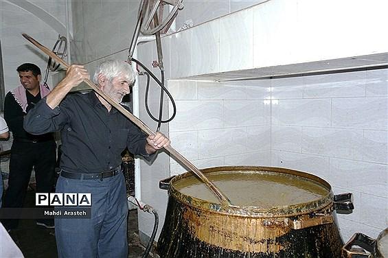 پخت بزباش غذای نذری شهرستان خوسف خراسان جنوبی